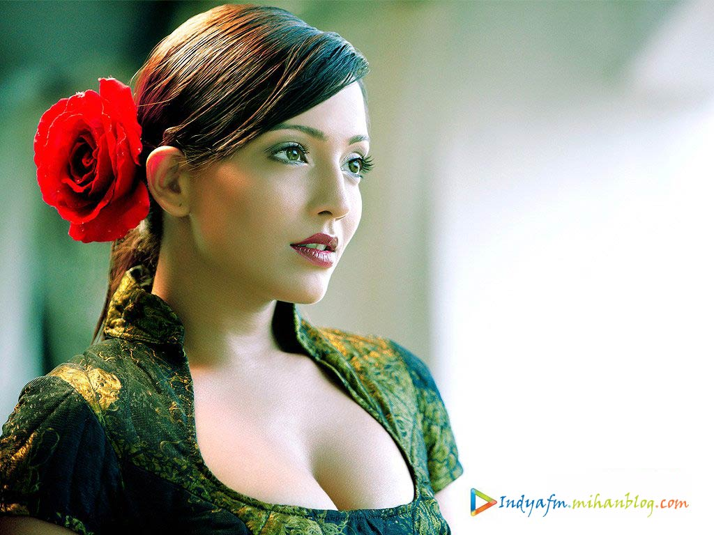 Meghna Naidu - Images Colection